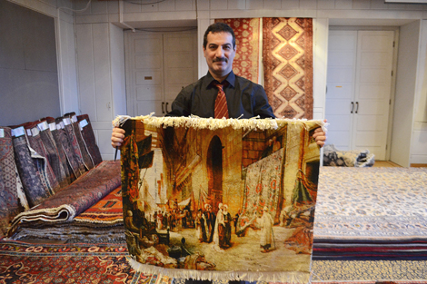 Mattförsäljare Reza Fouladkhah