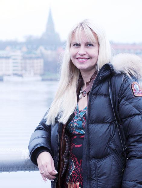 Författaren Cecilia Helle