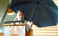 Mitt Sörmland - Mats Askeljung predikar med ett paraply