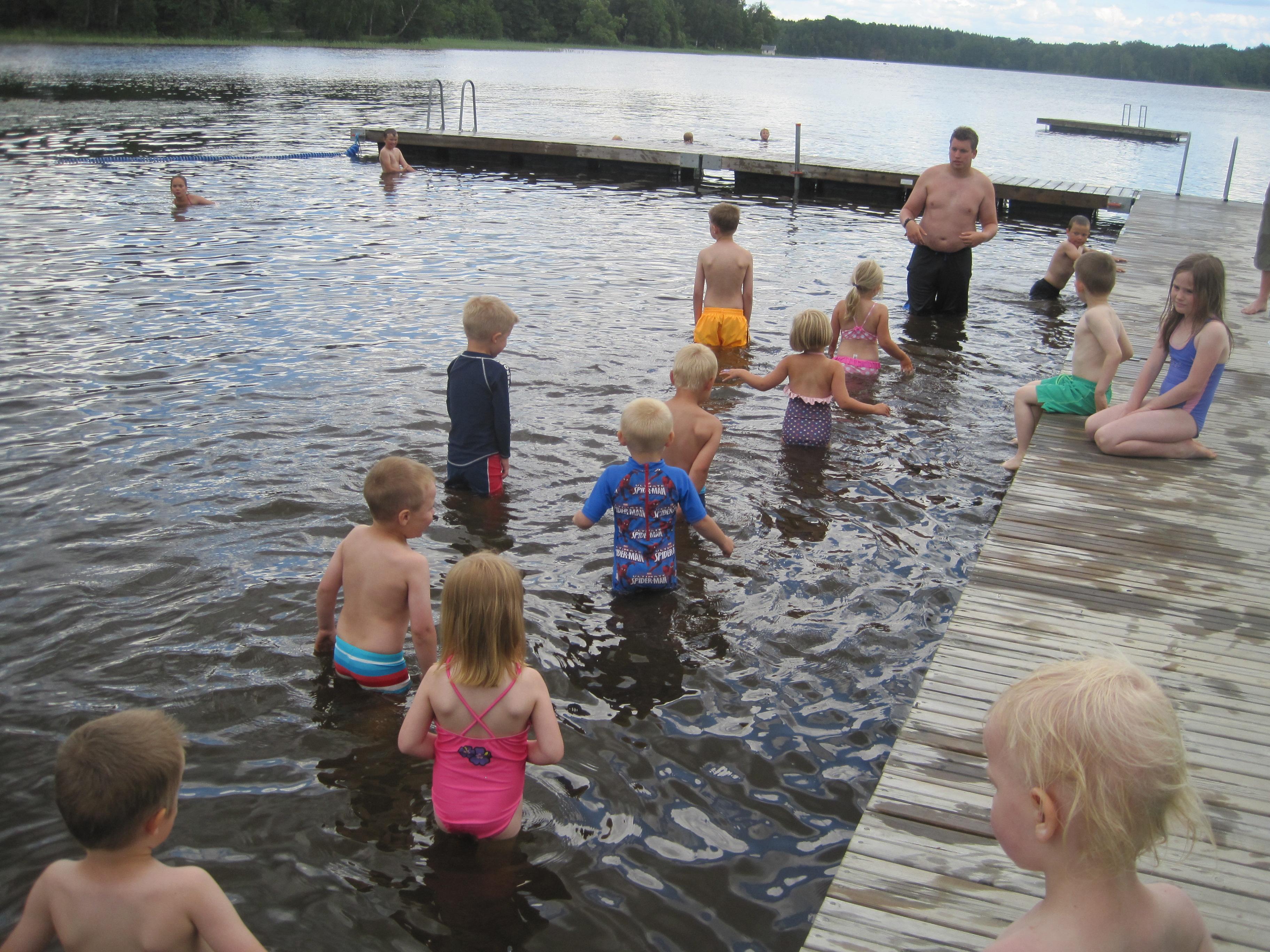 Mitt Sörmland - Simskola i Näshultasjön