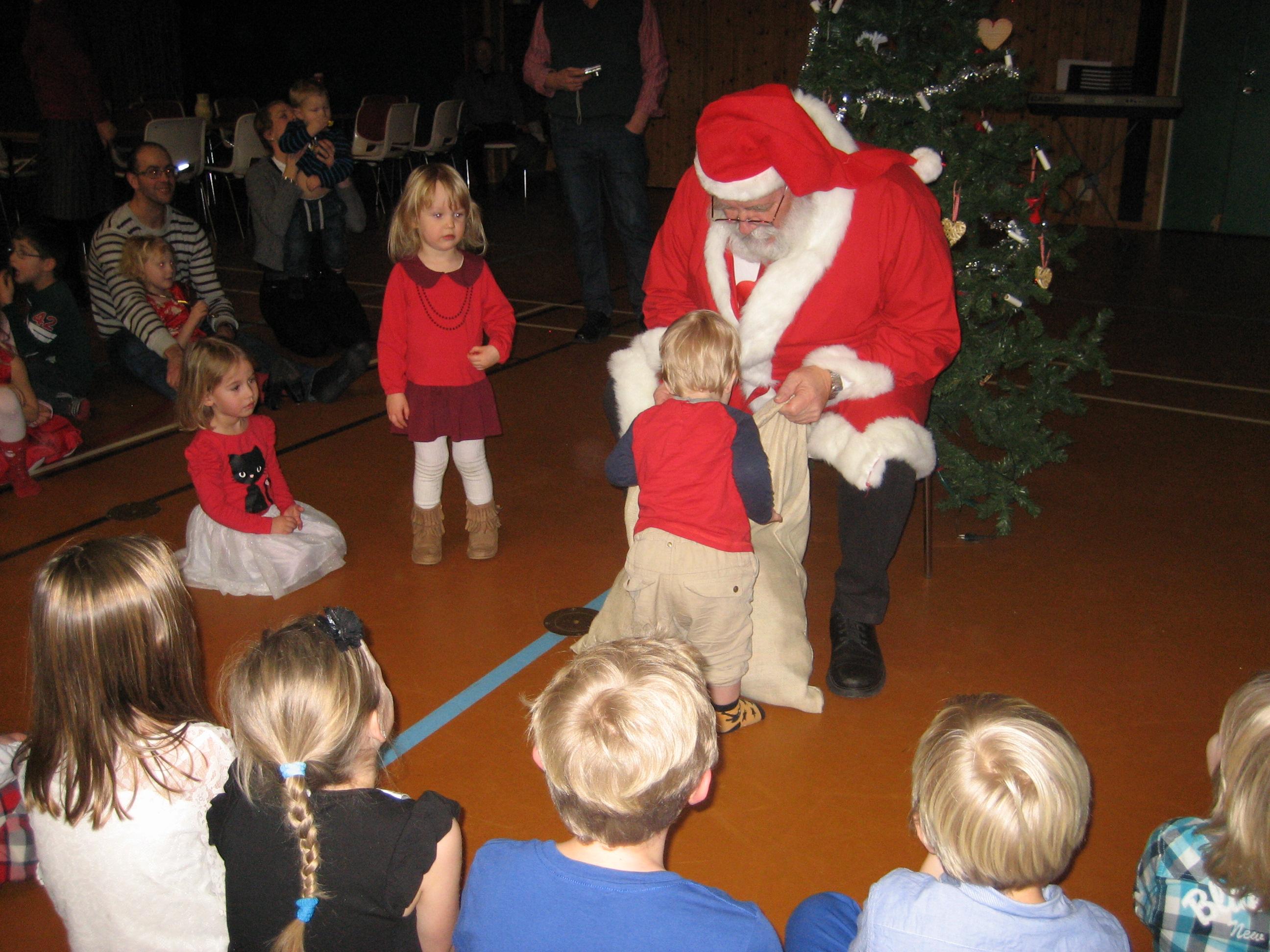 Mitt Sörmland - Jultomten besöker Österåker
