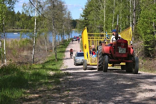 Mitt Sörmland - Lundaskogs Byalag firade 17:e maj med en tur runt sjön Enarn