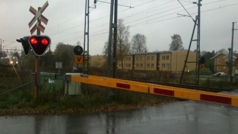 Mitt Västmanland - Dålig säkerhet vid järnvägsövergång