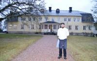 Petter Oscarsson arbetar som souschef på Karmansbo herrgård.