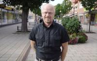 Fagerstas starke man, Stig Henriksson (V), tror att det hela kommer att bli seriös information till tittarna.